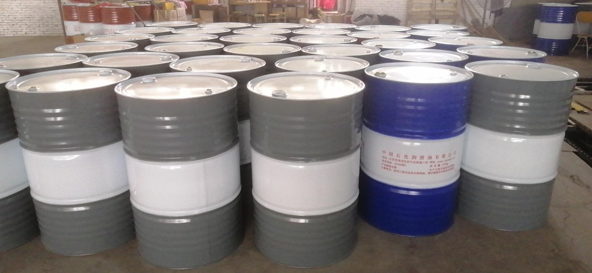 水性钢桶漆好施工吗?